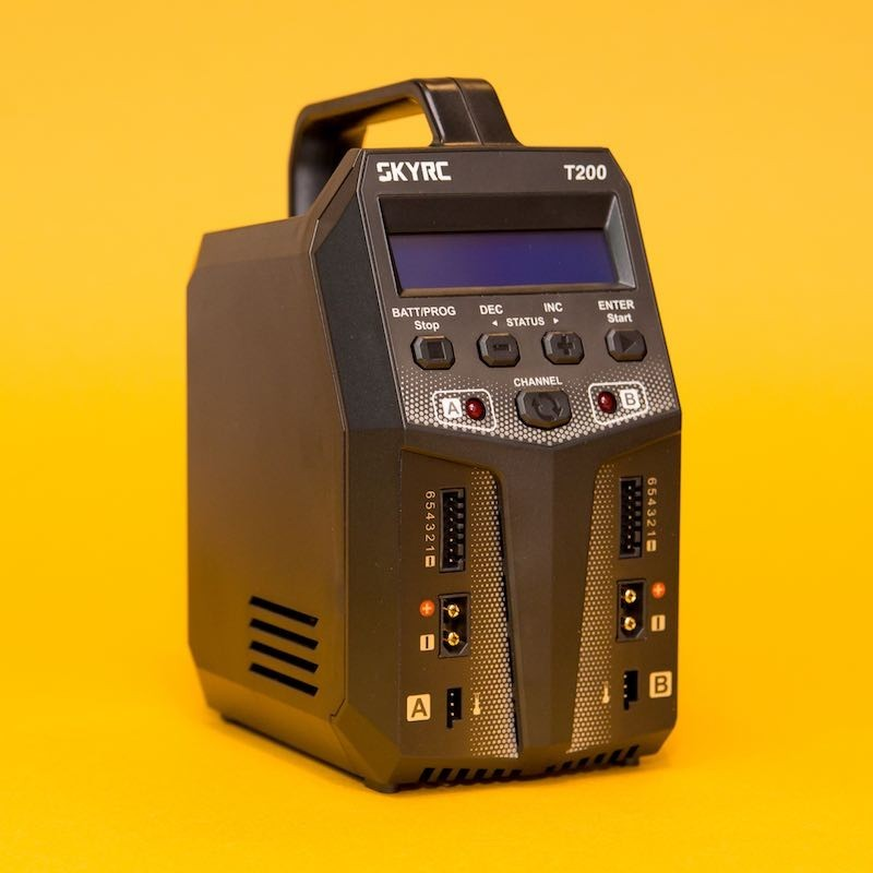 Incarcator Acumulatori Dual SKYRC T200 2x100W LiPo NiMh LiFe - 1 - 5104