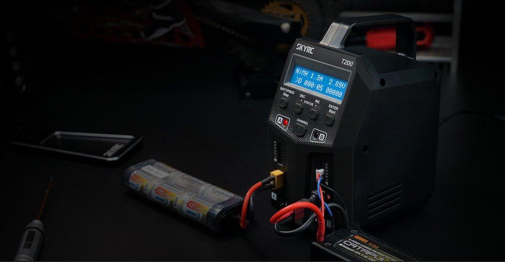 Incarcator baterii lipo dual skyrc T200 SK-100155-04